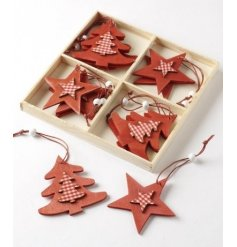 Red wooden star and tree hanging decoration