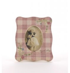 Part of our vintage floral range, gorgeous picture frame