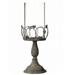 Rustic wire candle holder with a distressed effect