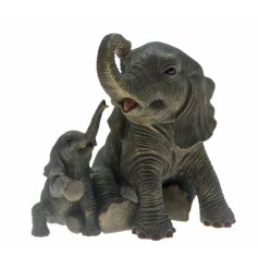 Elephant playtime figurine from the Leonardo collection
