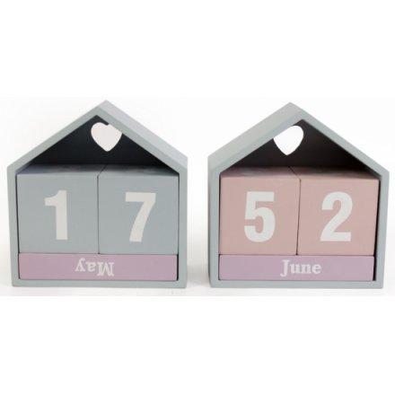 Pastel Wooden House Calendar 3a