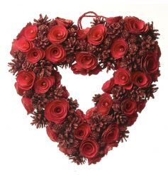 Woodland style heart wreath in an eye catching red colour