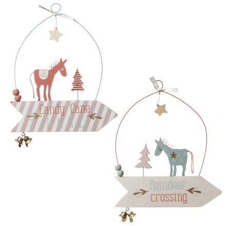 Christmas Arrow Signs.Sfz227 Hanging Christmas Wooden Sign Mix 20cm 24909