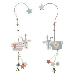 Highly detailed pastel coloured hanging reindeer in 2 assorted star and heart designs.