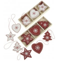 Chic red and white decorations in traditional Christmas shapes
