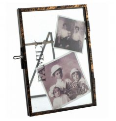 Distressed Family text on a rustic standing picture frame