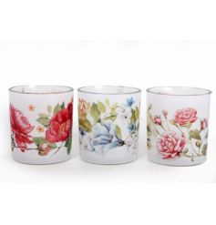 A mix of pretty floral t-light holders in summer designs.