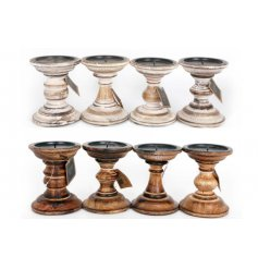 A mix of 2 natural candlesticks in dark and light wood finishes.