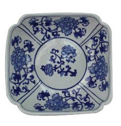 Ceramic blue and white bowl with Ming design