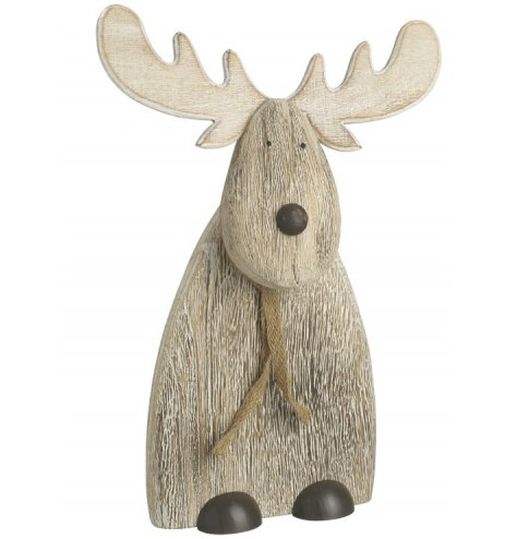 A sweet and simple natural wooden reindeer decoration