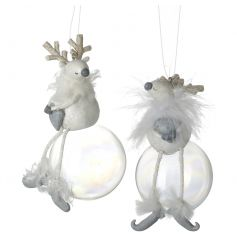 Fall in love with these unique reindeer ornaments, each sat upon a bubble.