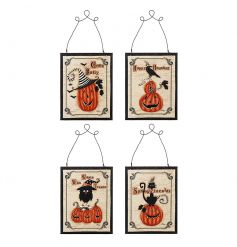 4 assorted pumpkin style halloween plaques with quirky slogans. Great halloween gifts and home decor items!