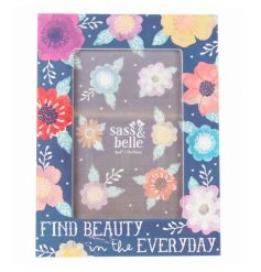 A pretty floral photo frame with 'Find Beauty In The Everyday' script. A fabulous Spring gift.
