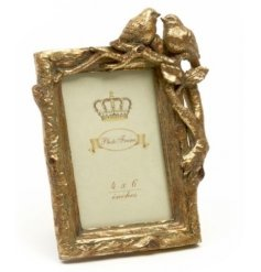A beautifully chic themed resin picture frame delicately finished with a due of birds