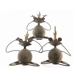 Hear/Speak/See No Evil iron frog decorations with gold crowns. A quick and decorative accessory for your garden.