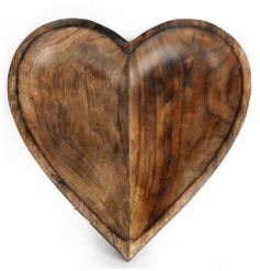 This beautifully carved heart bowl would make a lovely central decorative piece either holding fruits or pot pourri,