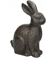 A charming cast iron hare ornament. Perfect for indoor and outdoor decoration.
