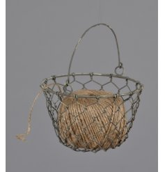A stylish and practical rustic basket with twine included. A great essential for the kitchen and potting shed.