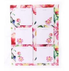 A pretty floral magnetic note set. Ideal for popping on your fridge and keeping organised.