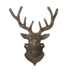 Create a cosy and charming look this season with this cast iron deer decoration. A stylish decorative item and hook.