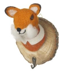 An enchanting wall hook with a felted fox figure set upon a bark base. A charming item for home storage.