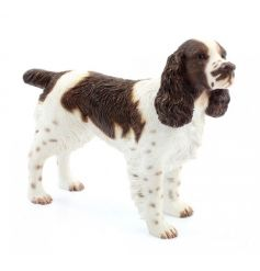 A fine quality spaniel dog figurine from the Leonardo collection.