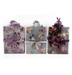 A mix of beautifully fragranced scented sachets. Hang in your wardrobe or around the home for a fresh scent.
