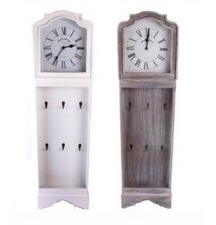 Beautifully styled wooden clock, set with 6 hooks to hang your keys