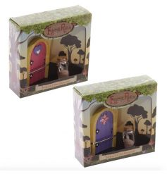 A mix of two enchanted fairy door and wishes jar sets from the collectable fairyland range.