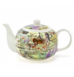 This delicate woodland printed teapot will add a warm touch of the wild to your home