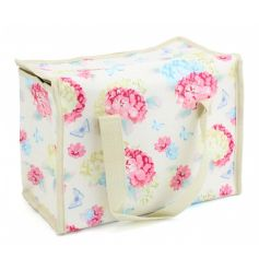 A pretty floral lunch bag with a Hydrangea and butterfly print. Ideal for Spring/Summer lunches and picnics.
