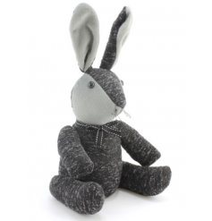This grey rabbit doorstop will look lovely in any home. A charming and practical accessory.