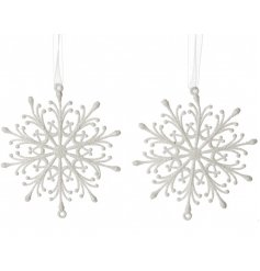 A pack of 2 white snowflake hanging decorations