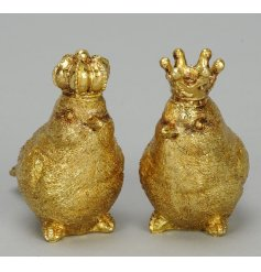 An assortment of 2 gold birds, each wearing a crown. A unique and glamorous home decoration.