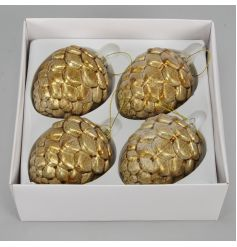 Luxury pinecone ornament with a gold lustre finish.