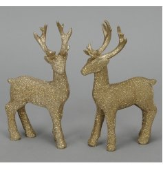 A mix of 2 elegant gold glitter reindeer ornaments. The perfect way to add some festive sparkle this Christmas.