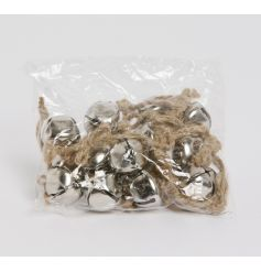 A seasonal must have! Adorn your tree, garland and gifts with this rustic silver bells, complete with chunky jute hanger