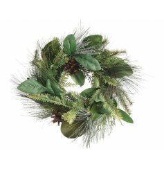 Keep your decor traditional this festive season with this beautifully simple round pine wreath