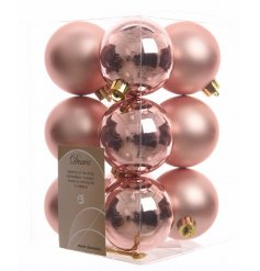 Decorate your tree this year with the new popular colours of pure and warm themes