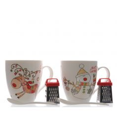 A mix of 2 Reindeer and Snowman mugs with spoon and miniature grater. Perfect for cosy drinks this season!