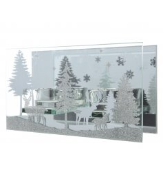 This multiple t-light holder with decorative glass panels