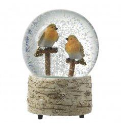 Add a dash of winter fun to your home with this beautiful Robin Red Breast snow globe finished with a resin bark boarder