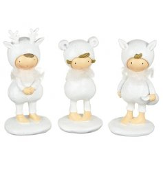 3 sweet standing resin figures, perfect for a white winter wonderland