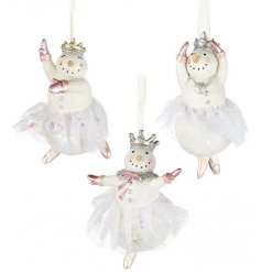 A mix of 3 fabulous dancing snowmen in enchanting pink colours. Nutcracker inspired and magical decorations.