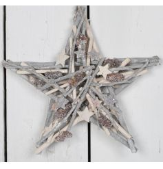 With its light colourings and distressed look this wreath will surly hang with pride above any front door