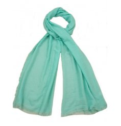 A mix of 4 classic coloured scarves. The perfect way to update any outfit.