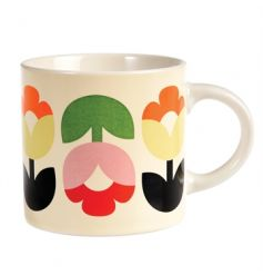 Enjoy your morning brew in this bold and beautiful Tulip Bloom design mug.