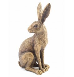 A fine quality sitting hare ornament with a textured bronze finish. A country living decorative accessory and gift item.