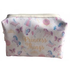Show everybody who the real princess is with this quirky zip up make up bag