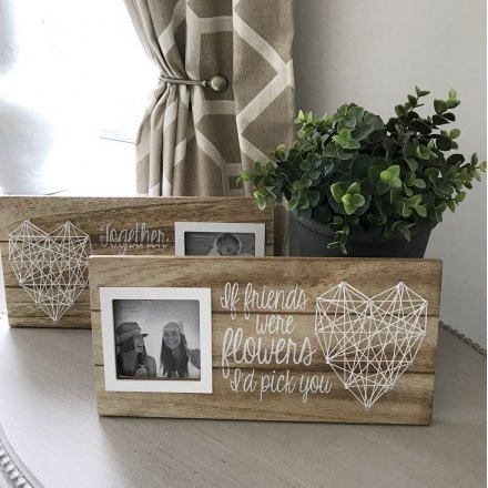 Family and Friends String Frame, 2a
